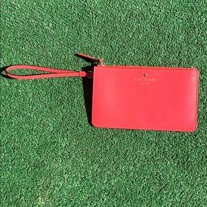 🎉 Kate Spade Pink Leather Wristlet